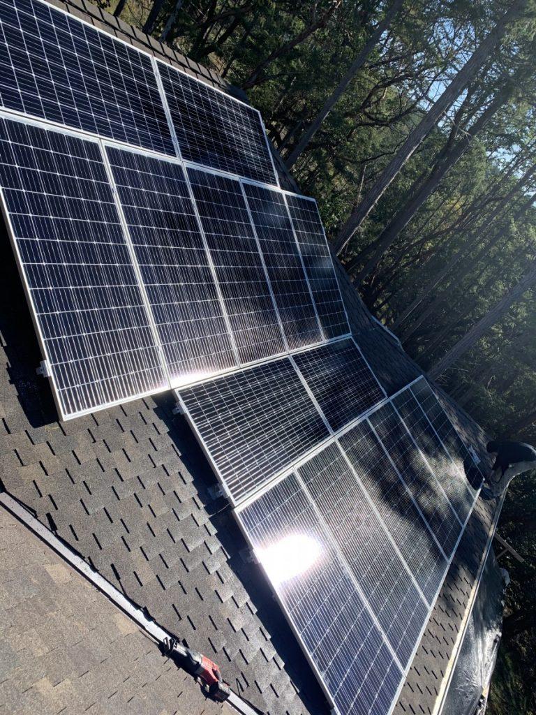 rooftop solar panel installation on Pender Island BC